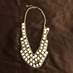 Pearl and Gold Necklace - NWOT